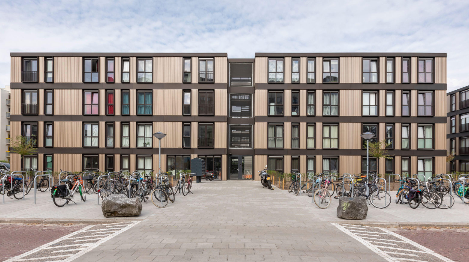 Karmijn Amsterdam fietsenstalling